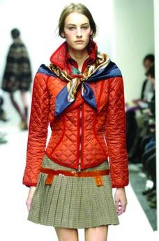米兰2004女装秋冬新品发布会0107