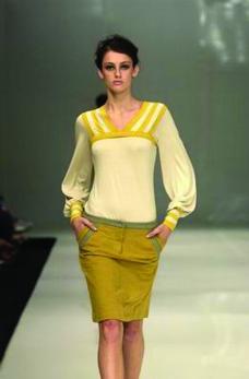 里约热内卢2004女装秋冬新品发布会0077
