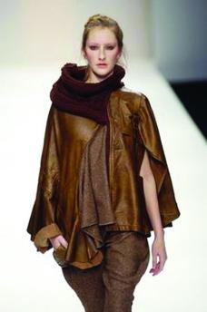 伦敦2004女装秋冬新品发布会0109