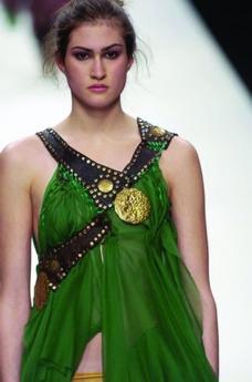 伦敦2004女装秋冬新品发布会0126