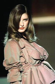 米兰2004女装秋冬新品发布会0482