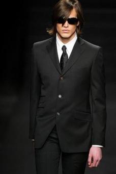 巴黎2004男装冬季发布会0071