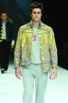 里约热内卢2004女装秋冬新品发布会0022