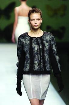 巴黎2004男装冬季发布会0333