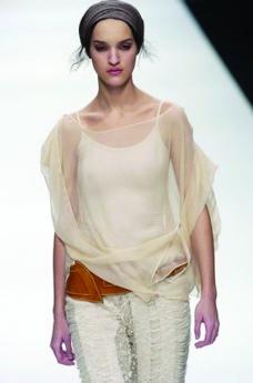 伦敦2004女装秋冬新品发布会0120