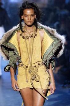 米兰2004女装秋冬新品发布会0642