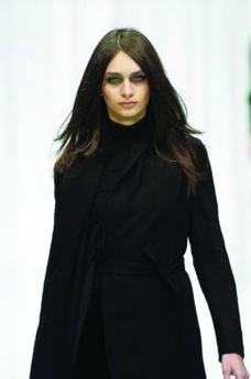 米兰2004女装秋冬新品发布会0083