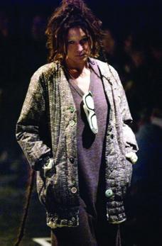巴黎2004男装冬季发布会0405